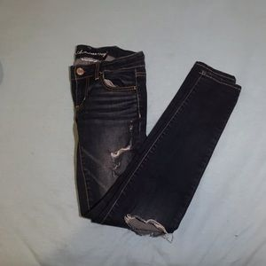 American eagle ripped dark wash jeggings